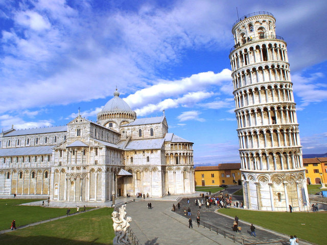an overview of italy Provides an overview of italy, including key events and facts about this european country.