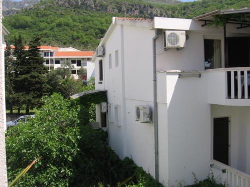 Апартаменты jelena 3* купить дом на юге дубае